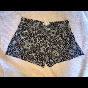 Pants - SUMMER SHORTS Tribal Print